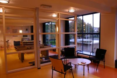Ouderenruimte Jongerencentrum Den Haag