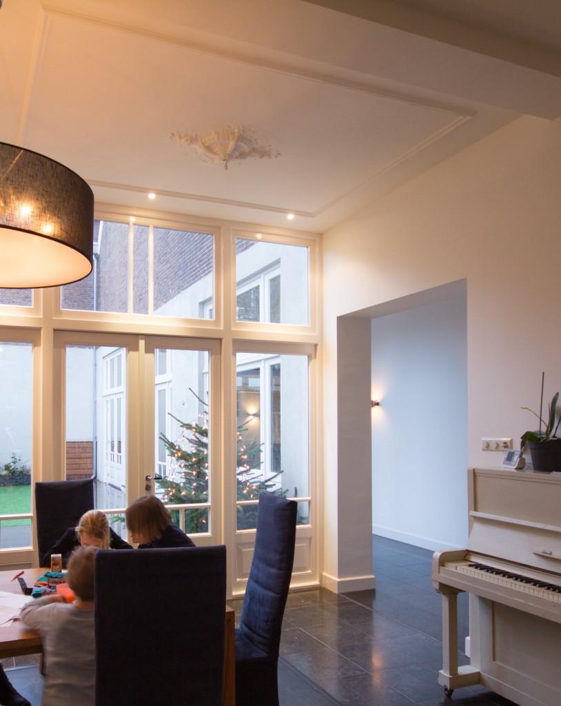 Voormalige-paardenstal-interieur-opgeleverd-keuken